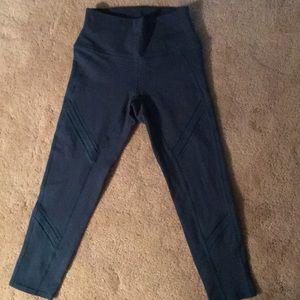 ALO cropped leggings
